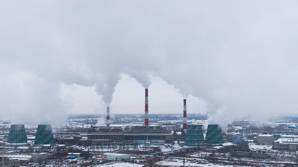 dym z továrne